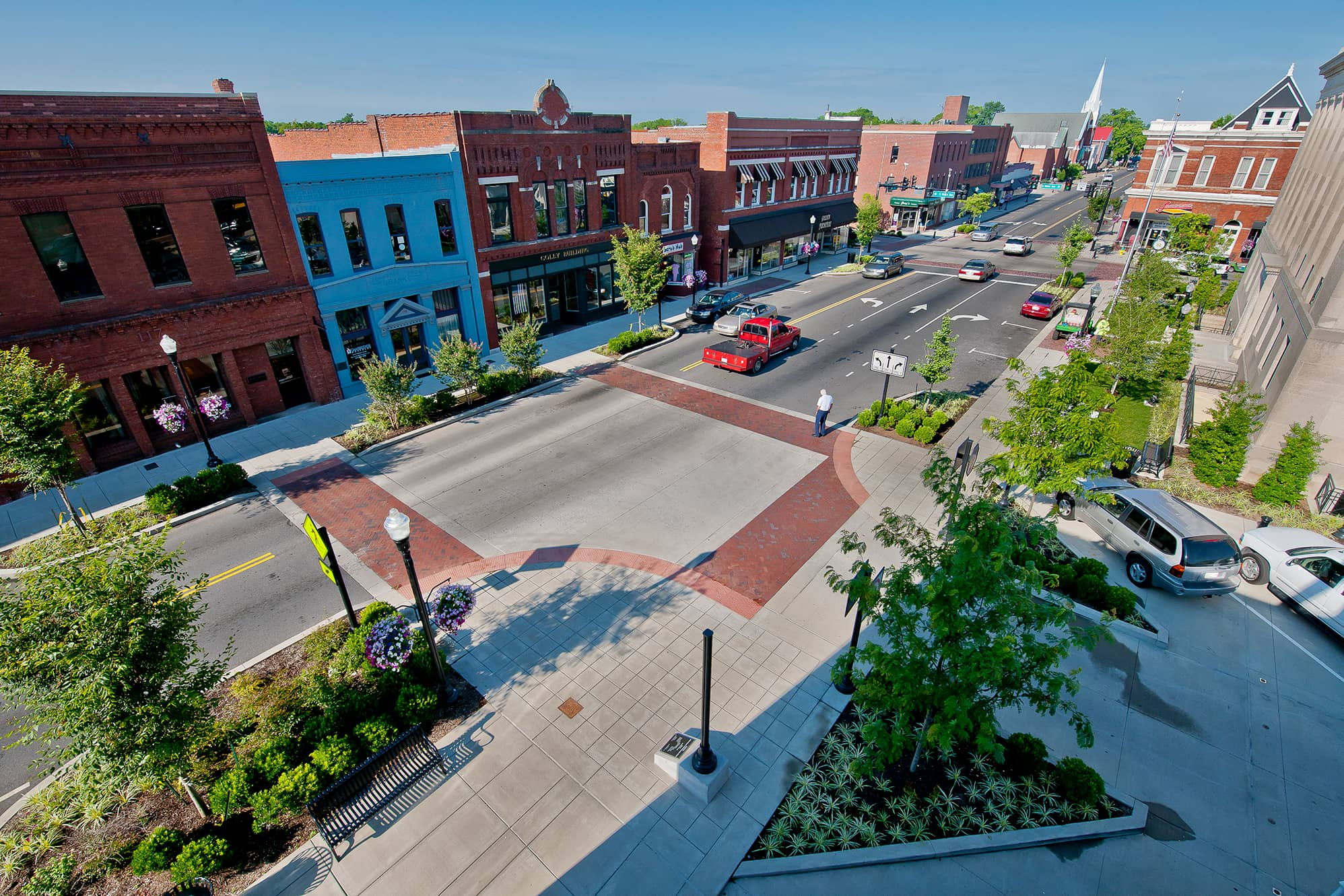 Kimley-Horn's streetscape, landscape and irrigation system design capabilities can create a strong sense of place in your community.